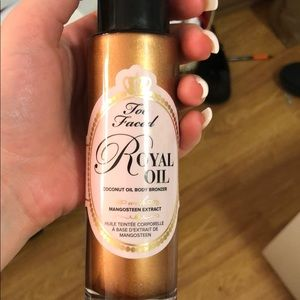 Too faced royal bronzing oil